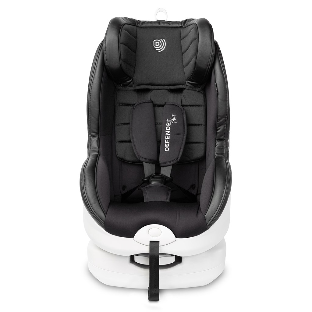 Autosedačka CARETERO Defender Plus Isofix black 2016